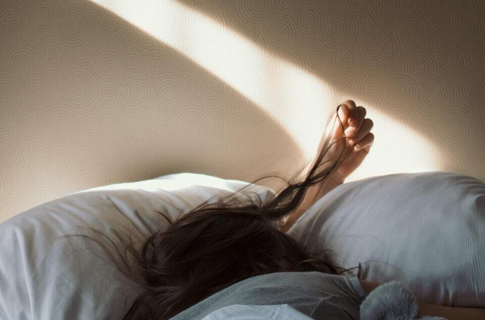 頭皮護理的重點-每天睡覺的枕頭套記得時常更換