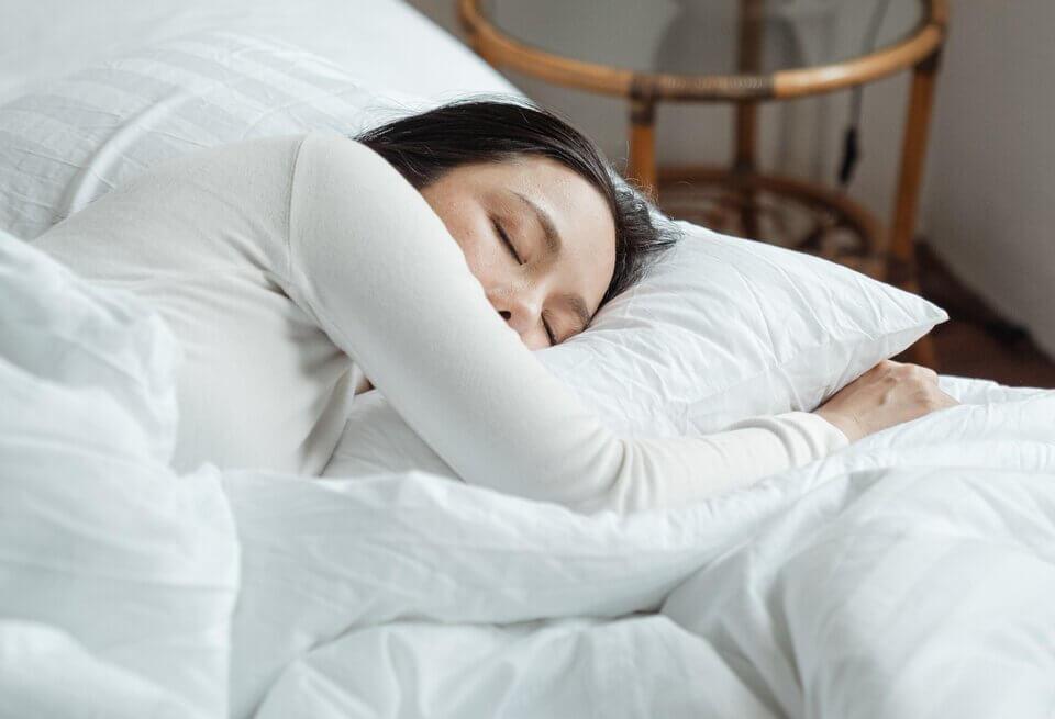 充足的睡眠是最好的淡班方法之一