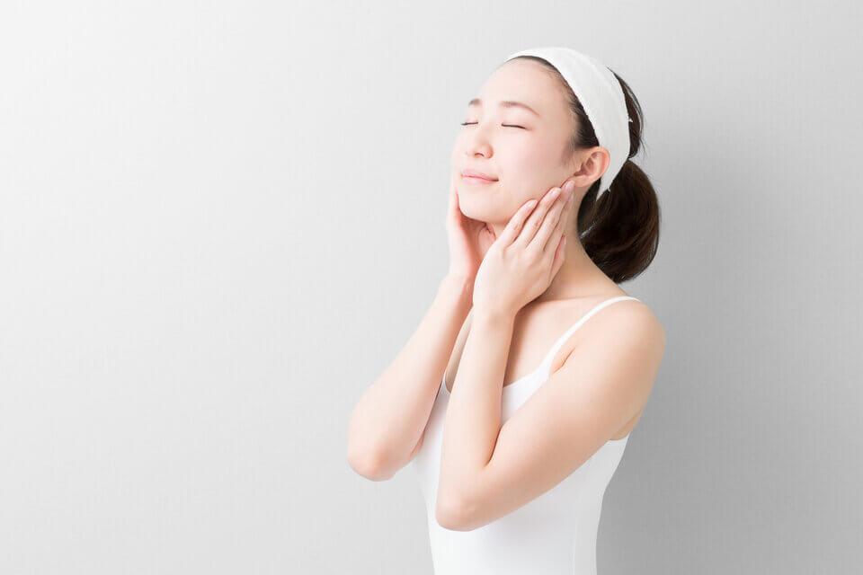 醫美術後保養著重溫和不刺激的清潔、保養與防曬