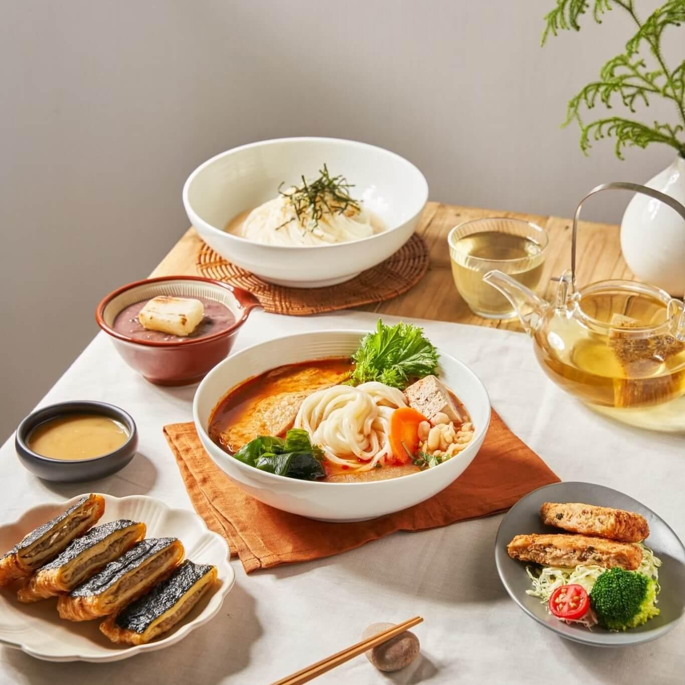 穗科除了著名的烏龍麵之外,日式蒲燒素縵粽等私房碟菜也都相當美味,不要錯過外帶限定的蔬食料理 - 日式手炒烏龍麵